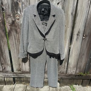 Focus 2000 Vintage Grey 2 Piece Suit Set Size 12